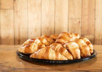 Plateau 12 croissants au beurre
